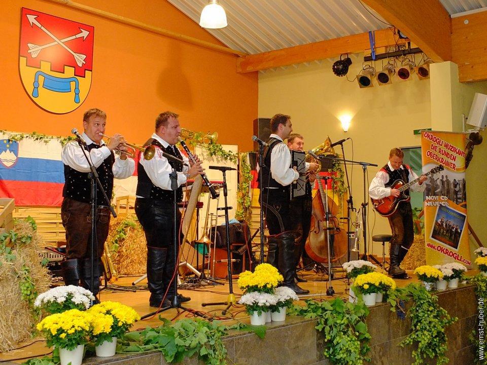 Die runden Oberkrainer- Okrogli muzikanti in der ...